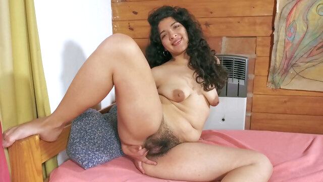 Maria F gets.. amateur brunette compilation