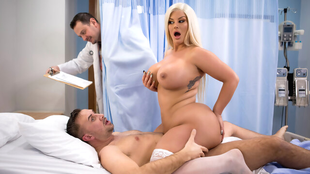 Julie Cash &.. big ass big tits blonde